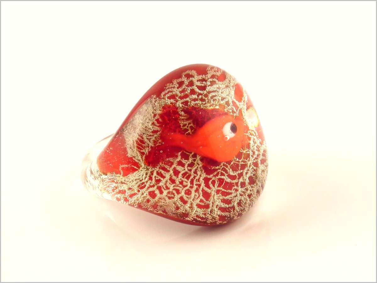 Bubbles bague en verre de murano petit poisson rouge for Petit poisson rouge